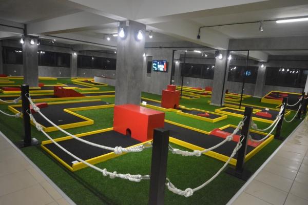 mini-golf-2098D376915-B092-4C9A-81AE-6CA31954D0DE.jpg