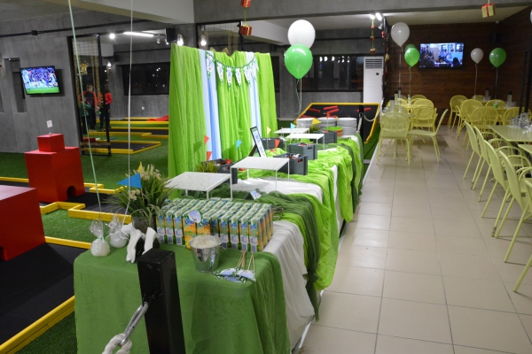 party-xristos-003E06E554E-C873-4237-B226-2368ED4A3F79.jpg